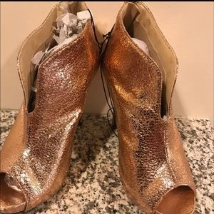 Size 8 Open Toe bootie Heeled new